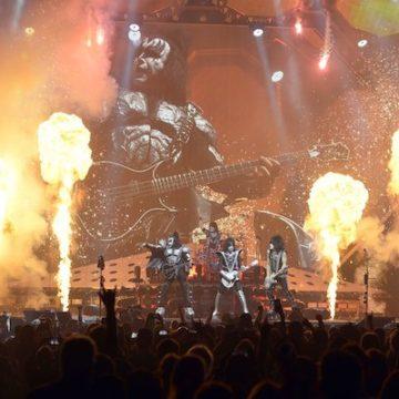 Tour de Kiss